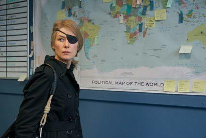 Rosamund Pike as Marie Colvin in A Private War
