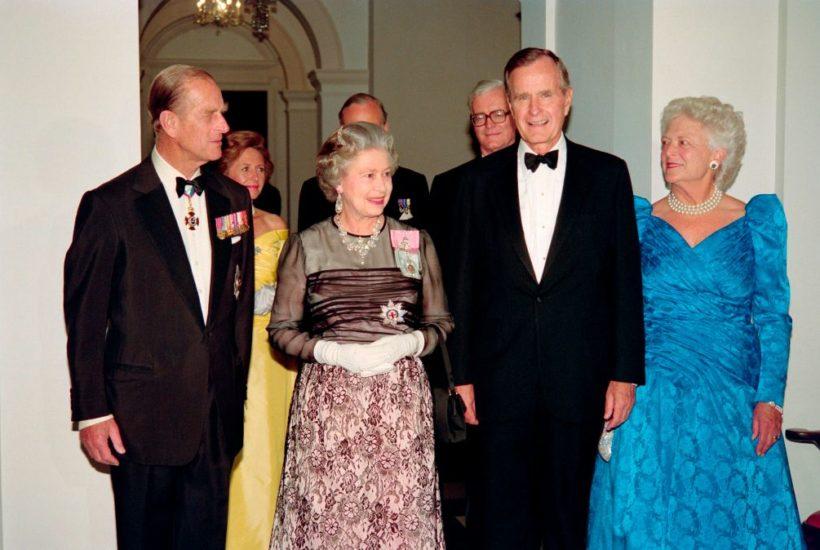 george bush queen elizabeth