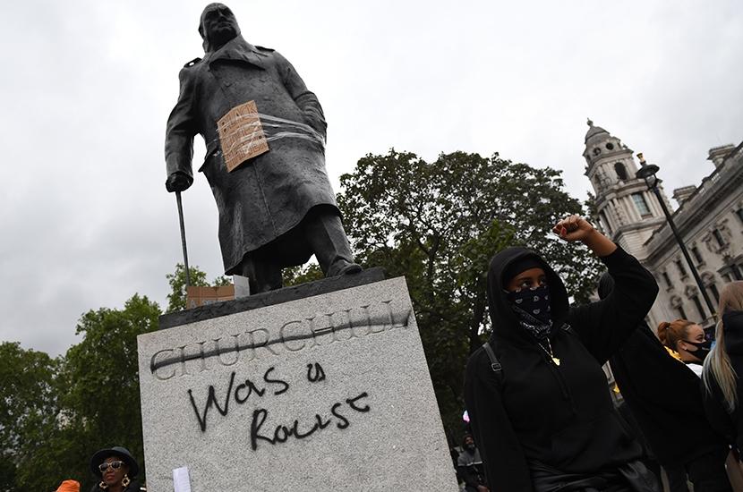 statues slavery