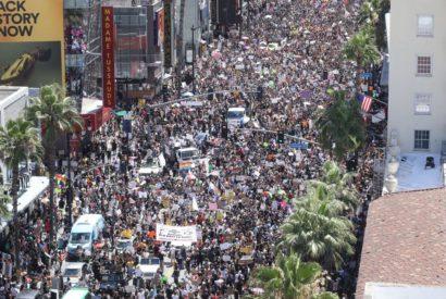 protest rally covid democrats