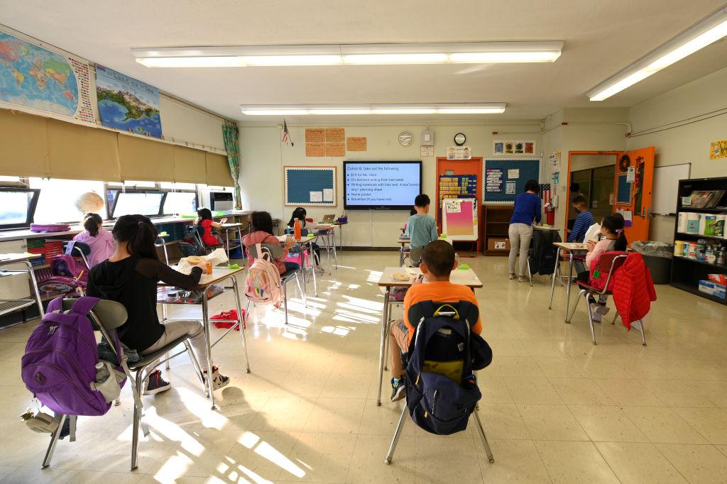 school education american